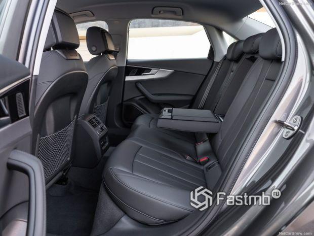 Audi A4 2020, задние кресла