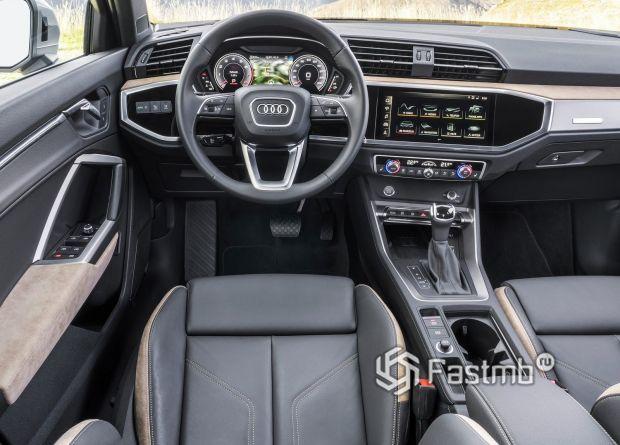 Интерьер нового Audi Q3 2019