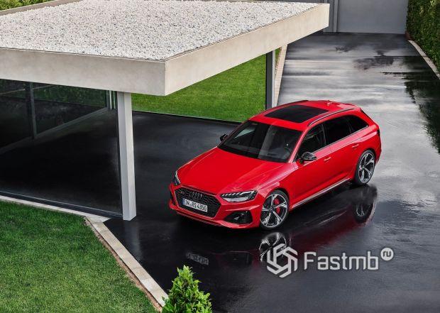 Панорамная крыша обновленной RS4 Avant 2020
