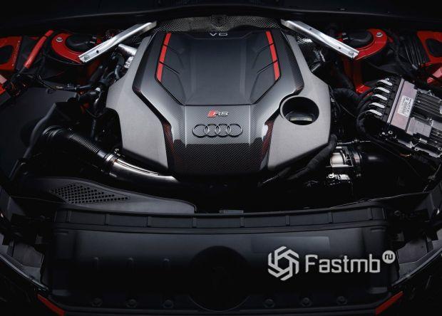 Двигатель Audi RS4 Avant 2020
