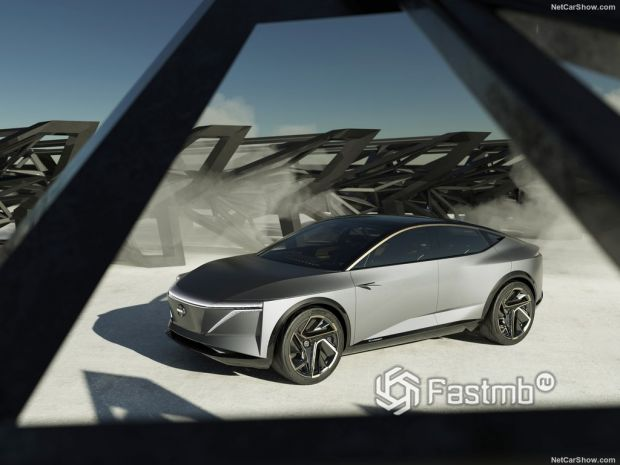 Nissan IMs Concept 2019, вид спереди и сбоку слева