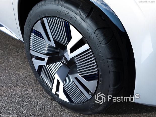 Mitsubishi Engelberg Tourer Concept 2019, колесо