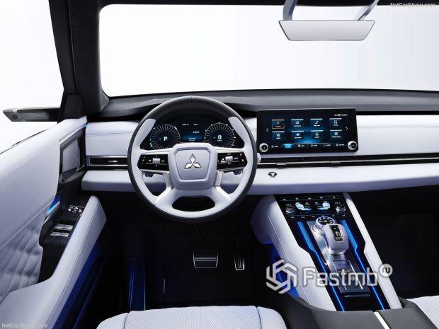 Mitsubishi Engelberg Tourer Concept 2019, руль и панель управления