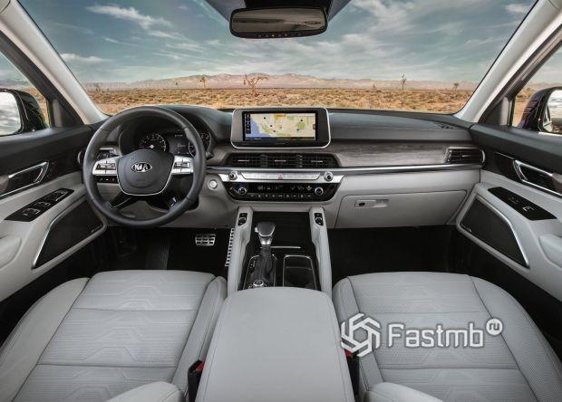 Передняя панель нового Kia Telluride 2020
