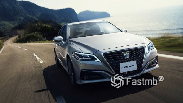 Новая Toyota Crown 2017