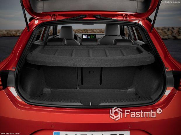 Салон Seat Leon Mk4 2020, багажник