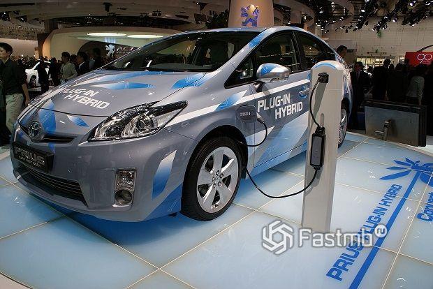 Самые популярные гибридные автомобили в России на 2020 год: ТОП-5
