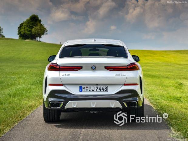 BMW X6 2020, вид сзади