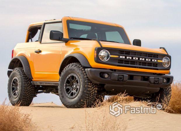 Внедорожник Ford Bronco 3 door 2021, передняя оптика