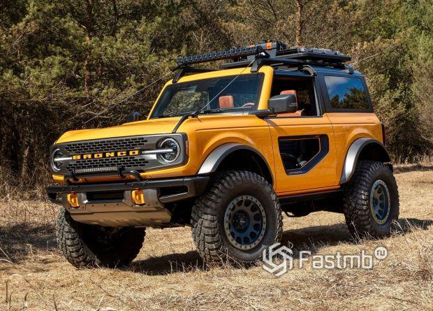 Ford Bronco 3 door 2021, вид спереди