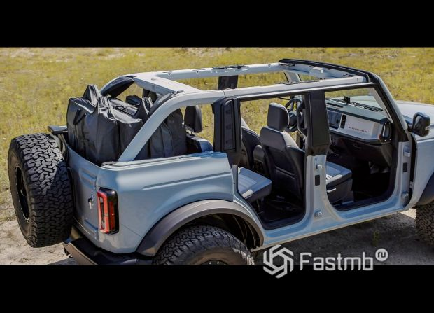 Ford Bronco 5 door 2021, съемная крыша