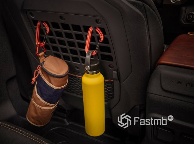 Ford Bronco 3DR 2021, спинка передних сидений