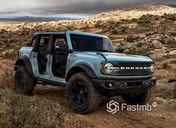 Ford Bronco 5DR 2021, снятые двери