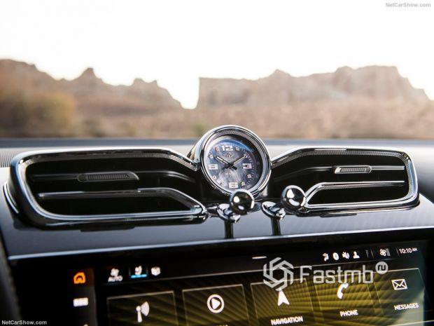 Салон Bentley Bentayga Speed 2021, элементы интерьера