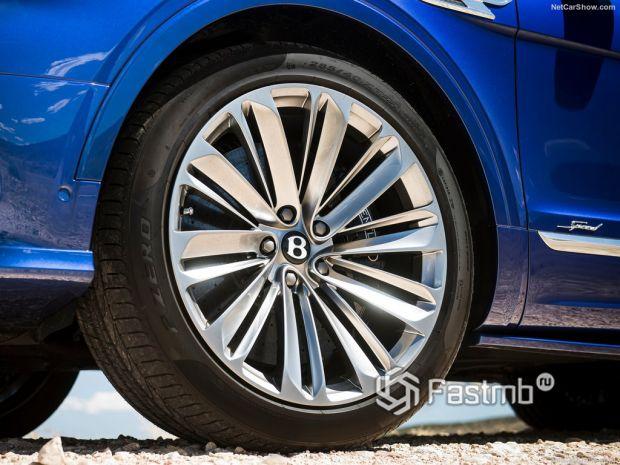 технические характеристики Bentley Bentayga Speed 2021