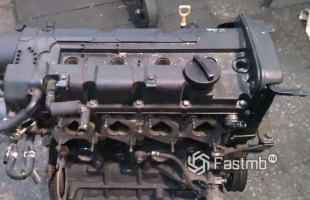 Kia Cerato 2004 седан, двигатель