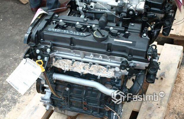 Kia Cerato 2004 хэтчбек, двигатель