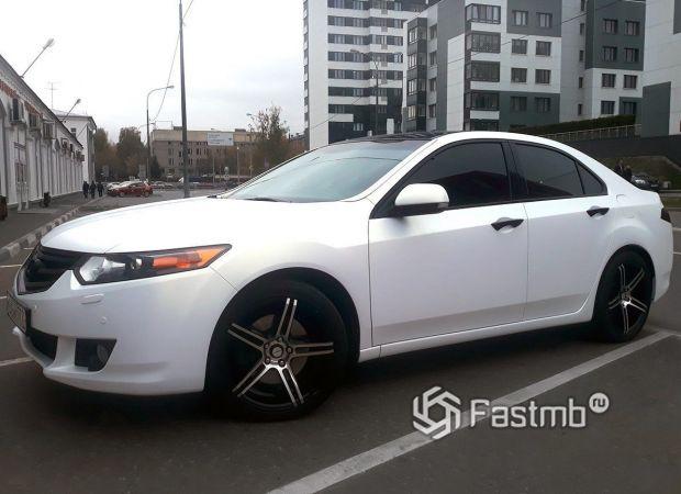 Honda Accord, белый матовый перламутр