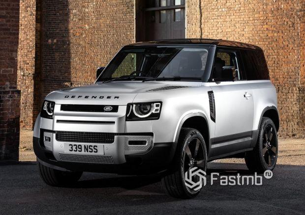 Land Rover Defender 90 2021, вид спереди