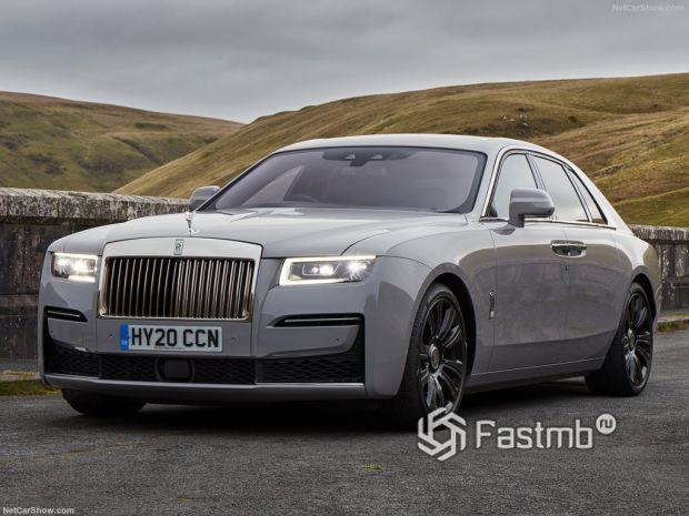 Rolls-Royce Ghost 2021 – улучшенный премиальный седан