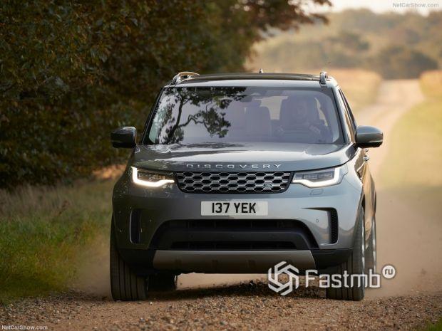 Land Rover Discovery 2021, вид спереди