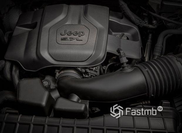 Jeep Grand Cherokee L 2021, двигатель