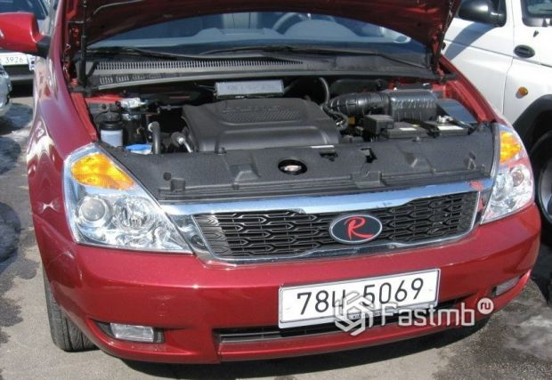 Kia Carnival 2010, двигатель минивэна