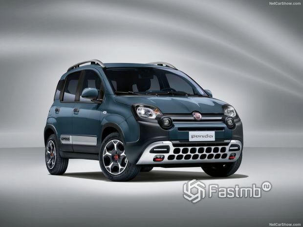 Fiat Panda 2021, вид спереди и сбоку справа