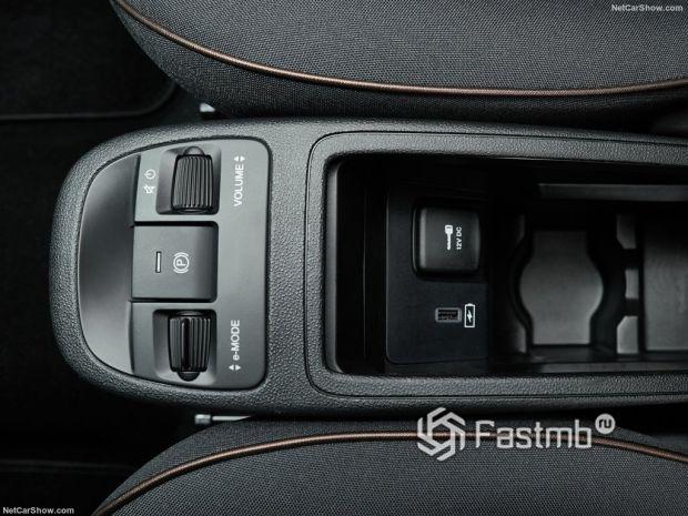 Салон Fiat 500 3+1 2021, элемент интерьера