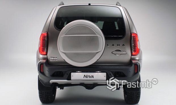 Lada Niva Travel 2021, вид сзади