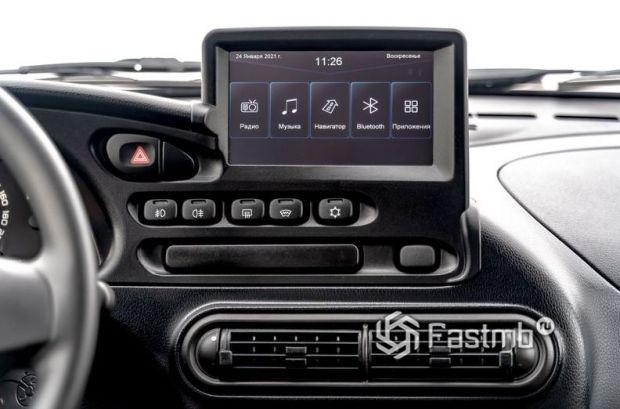 Lada Niva Travel 2021, дисплей мультимедийной системы