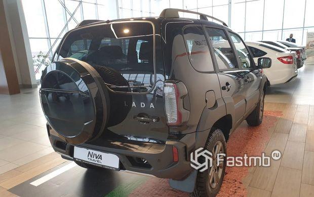 Lada Niva Travel 2021, светодиодные стопы