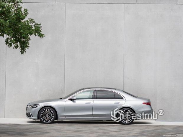 Mercedes-Benz S-Class 2021, вид сбоку слева
