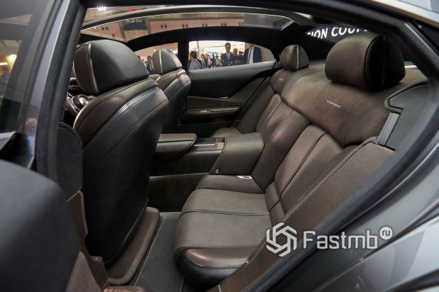Mazda Vision Coupe 2017, второй ряд сидений