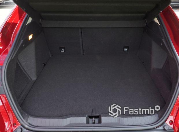 Renault Arkana 2020, багажное отделение