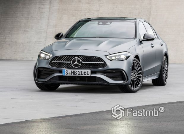 Mercedes-Benz C-Class 2022, вид спереди