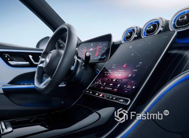 Mercedes-Benz C-Class 2022 универсал, лепески переключения передач