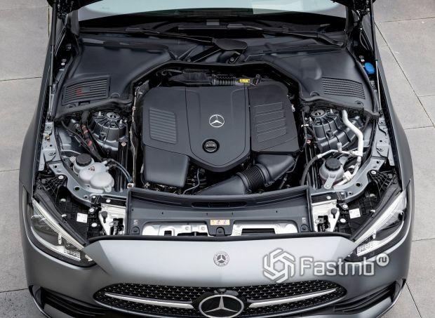 Mercedes-Benz C-Class 2021, двигатель