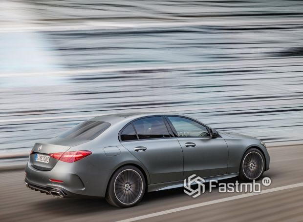 Mercedes-Benz C-Class 2021, люк топливного бака