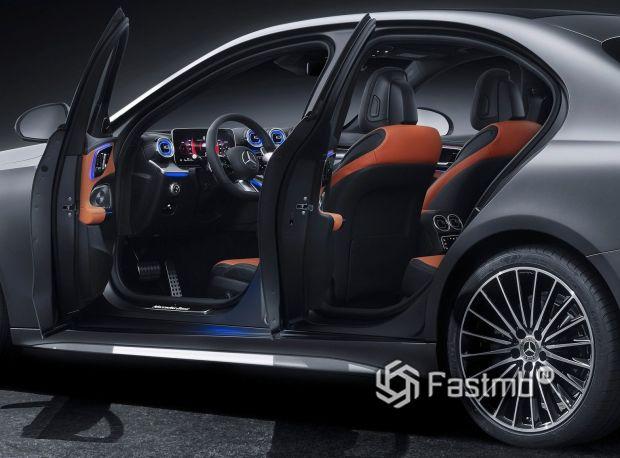 Mercedes-Benz C-Class 2021, салон седана