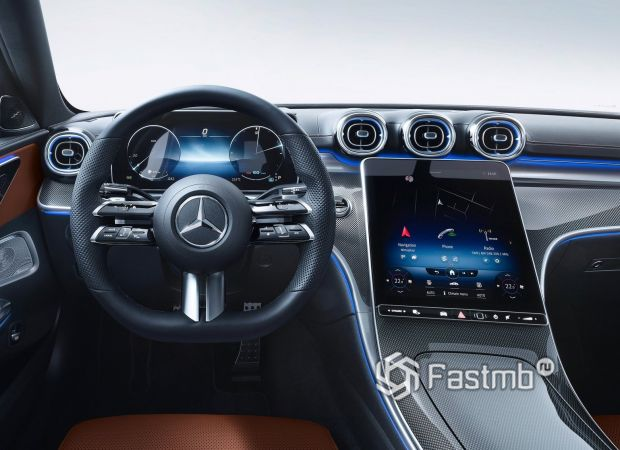 Mercedes-Benz C-Class 2021, водительское место