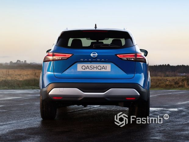 Nissan Qashqai 2022, вид сзади