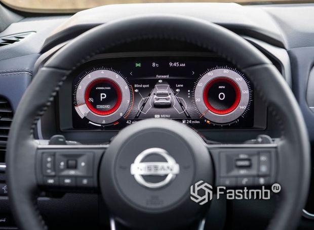 Nissan Qashqai 2022, приборная панель