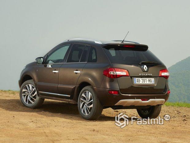 Renault Koleos 2013 2-ой ресталийнг, вид сзади
