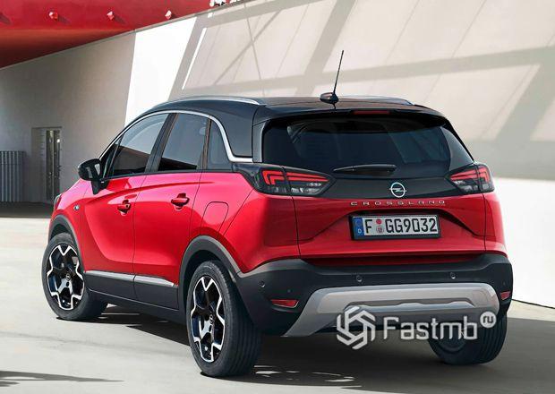 Opel Crossland 2021, вид сзади