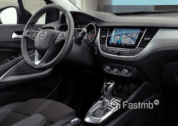 Opel Crossland 2021, передняя панель