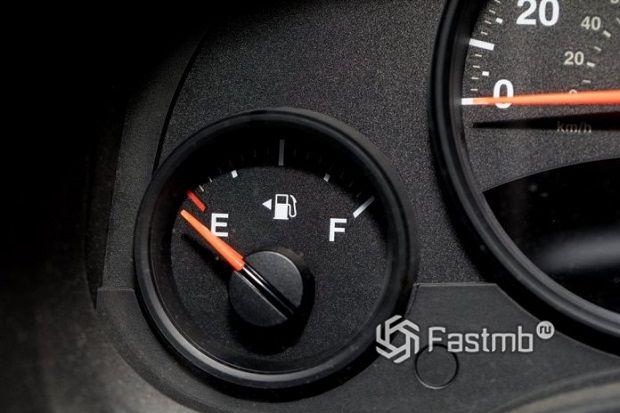 Мало топлива в бензобаке