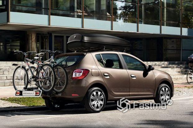 Renault Sandero 2018 рестайлинг, люк топливного бака