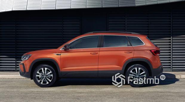 Volkswagen Taos 2021, вид сбоку