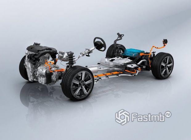 Peugeot 308 2022, гибридный двигатель и подвеска